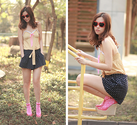 Granny playing pin up gal  - Polka dots romper, Weeken, Apple shades, H&M, Polka dots socks, H&M, Hot pink wedges , Weeken, Mayo Wo